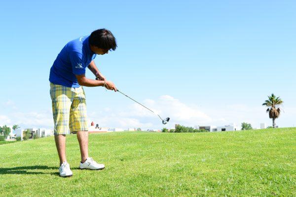Ricardo Silva invidente y golfista aguascalentense se va a competir a España