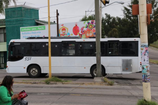 Urge modernizar el  transporte público