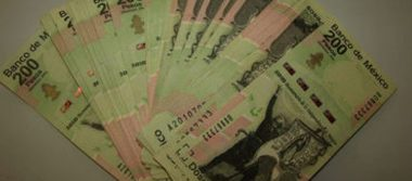 La detienen con  billetes falsos