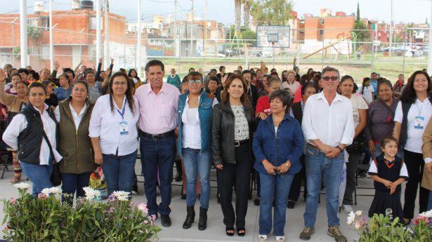 """El programa """"Talleres de Corazón""""  fortalece economía de las familias"""