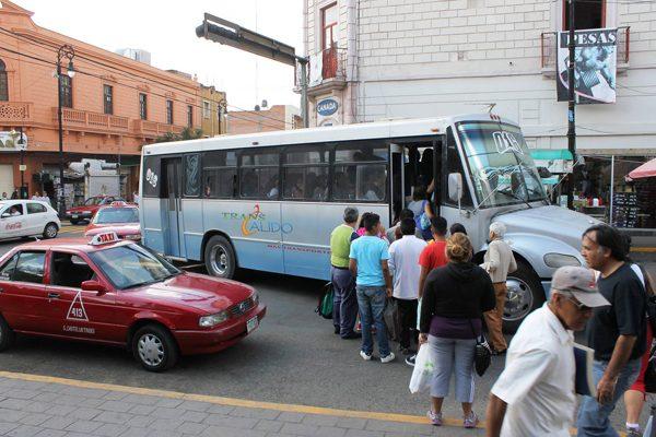 La ciudad ya requiere servicio  nocturno de transporte urbano