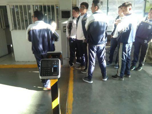 Utiliza el CBTIS 195 moderno sistema de control escolar