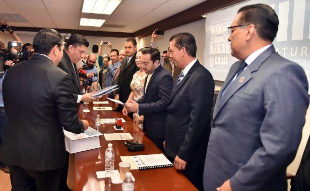 Paquete Económico 2018 entregado ayer a la LXIIII Legislatura del estado