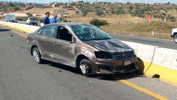Otro aparatoso accidente sobre la salida a San Luis