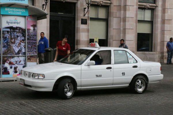 Imposible cambiar taxis  cada cinco años: Eudave