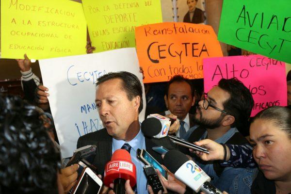 Enfrenta el IEA dos grandes conflictos