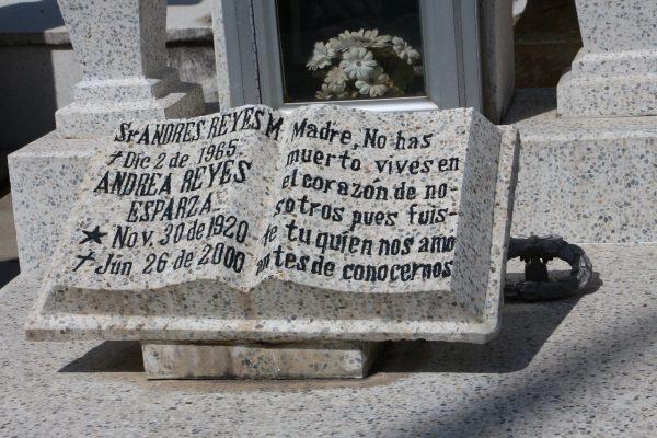 Los epitafios cada vez más en el olvido