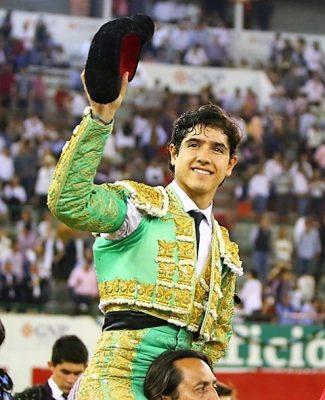 """Luis David indulta a """"Maestro"""" de Villa Carmela"""