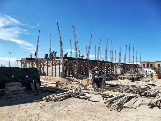 Constructores locales ganan terreno en obras