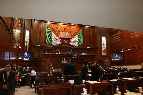 Legisladores del PVEM,  los que más trabajan