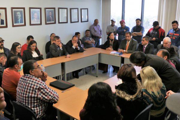 3.9% de aumento a  trabajadores de la UAA