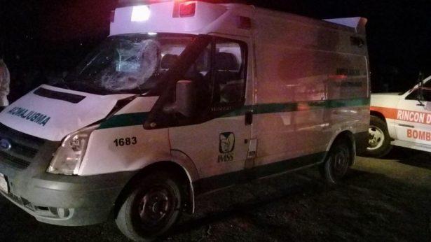 Ambulancia del IMSS mata ciclista