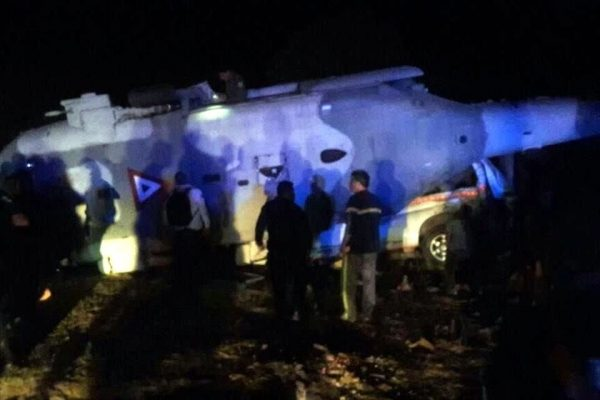 Se desploma helicóptero del Ejercito en Jamiltepec, con el Secretario de Gobernación y Gobernador de Oaxaca; hay muertos.