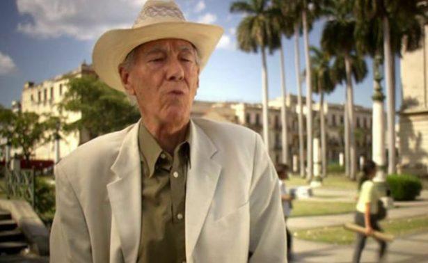Muere Enrique Cirules, autor cubano de libros sobre vida y obra de Hemingway