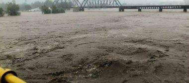 Lluvias paralizan Culiacán, suspenden clases en todos los niveles