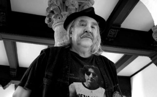 El mundo de las letras lamentan la muerte del escritor Guillermo Samperio