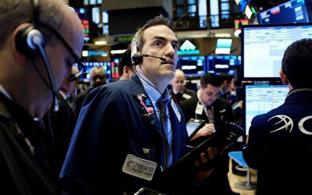 Dow Jones se desploma 550 puntos y se enfila a su peor caída en dos años