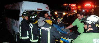 Del Mazo lamenta accidente en la México-Pachuca y brinda ayuda a familias de víctimas