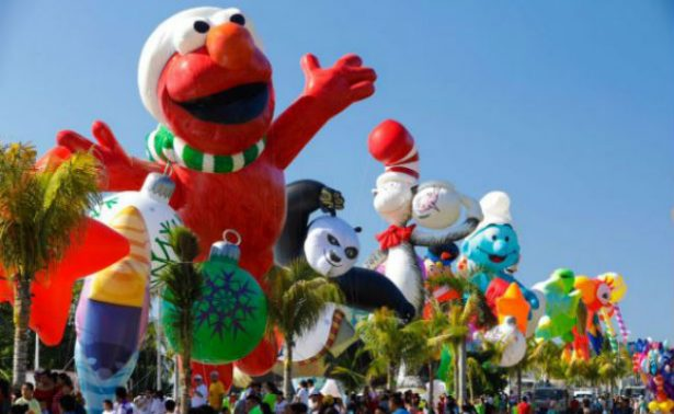 Acapulco se llena de color gracias al Holiday Parade