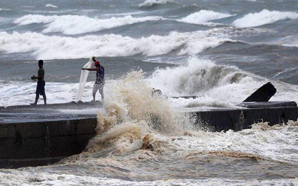 Poderoso tifón Mangkhut toca tierra en Filipinas que está en alerta máxima