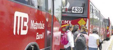 Temblor colapsa al transporte público
