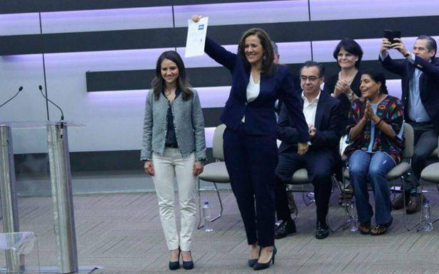 Margarita Zavala se registra como candidata y renuncia a financiamiento público