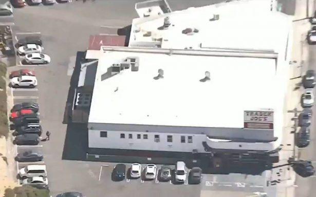 Cae tirador que tomó rehenes dentro de un super en Los Ángeles