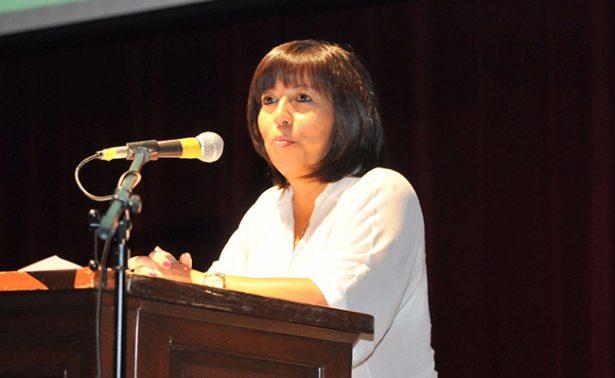 Se debe tener rigor para publicar en internet así como se hace en medios impresos: Martha Ramos
