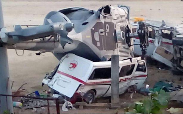 Sube a 14 la cifra de muertos en Pinotepa tras caída de helicóptero