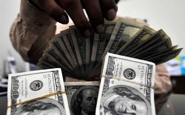 Dólar mantiene ascenso, se ofrece en 19.27 pesos en bancos capitalinos