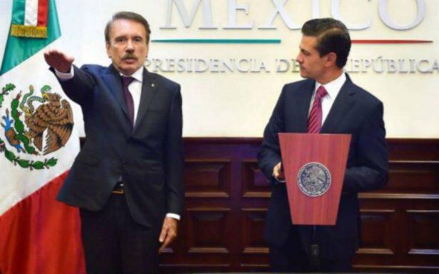 Peña Nieto toma protesta a Mario Rodríguez como nuevo director del IPN