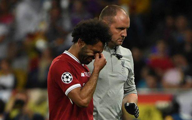 Entre lágrimas, Salah deja la final de Champions por una lesión
