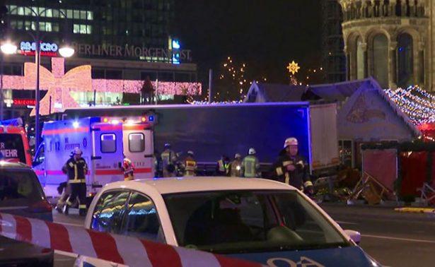 Suman 12 muertos tras ataque contra mercado navideño en Berlín