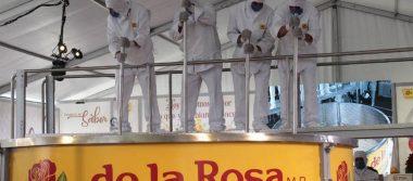 Rompen récord del mazapán más grande del mundo en Guadalajara
