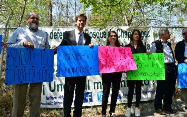 Vecinos se manifiestan contra obra en la Tercera Sección del Bosque de Chapultepec