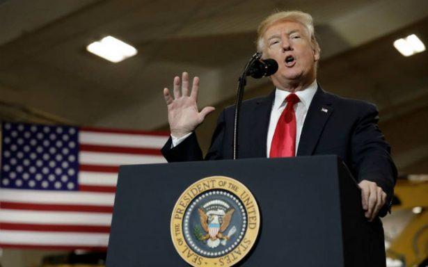 """Trump dice que """"no habrá trato"""" sobre DACA y pide duras leyes migratorias"""