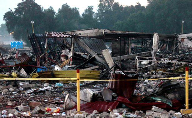 Peña Nieto se compromete a reconstruir mercado de pirotecnia en Tultepec