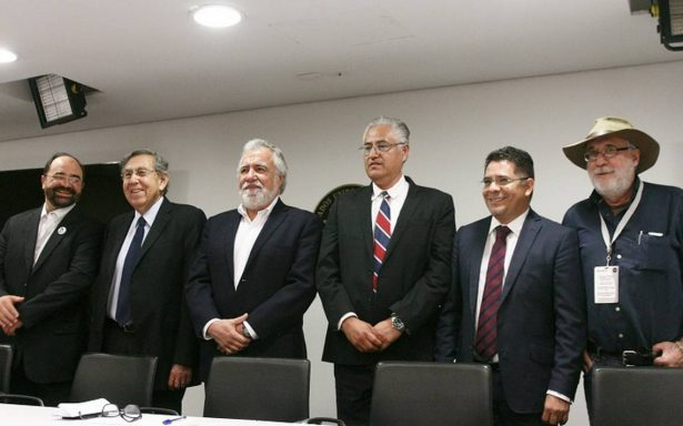 Amenazan de muerte a Javier Sicilia y a exrector de UAEM junto a sus colaboradores