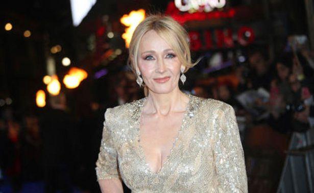 Raro manuscrito ilustrado de J. K. Rowling se vende por 467 mil dólares