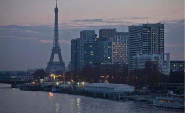 Reabre la Torre Eiffel después de un cierre de cinco días