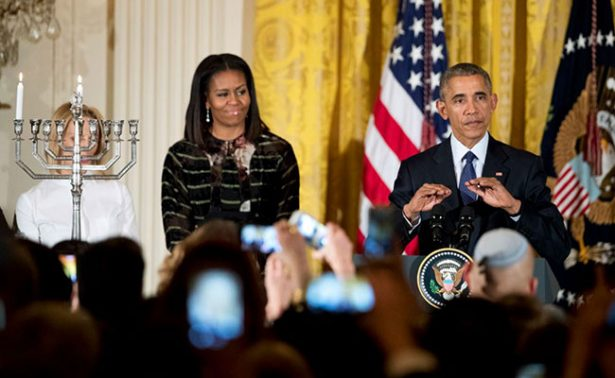 Colaborador de Trump desea la muerte a Obama y ofende a Michelle