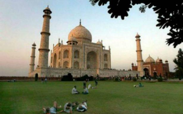 Por exceso de visitantes, limitan la duración de visitas al Taj Mahal