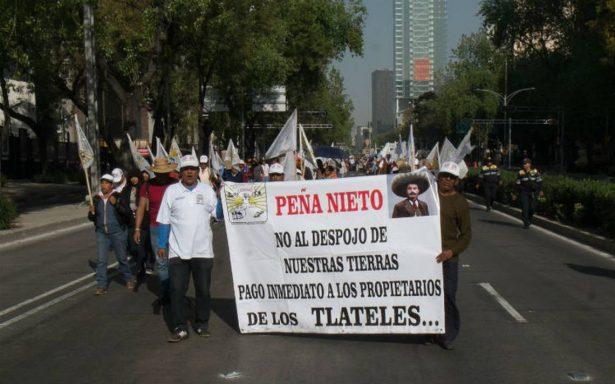 Campesinos marchan otra vez, ahora hacia Los Pinos