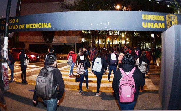 Mañana inician clases más de 350 mil alumnos de la UNAM