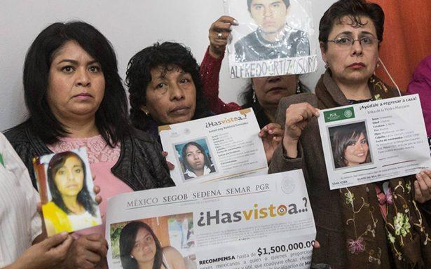 Toman muestras de ADN a familiares de desaparecidos en el país