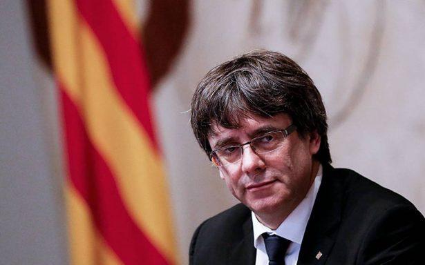 Liberan bajo fianza a Carles Puigdemont; descartan delito de rebelión