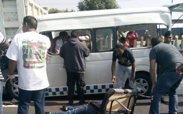 Choque en la autopista México-Puebla deja tres muertos
