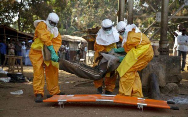 Pacientes con ébola escapan de cuarentena en el Congo; médicos luchan por controlar brote
