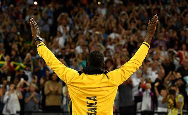 Termina una era y surge la leyenda: Usain Bolt da última vuelta a la pista
