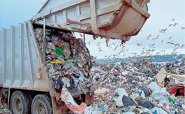 Todo se tira a la basura, pero nada se recicla